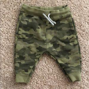 Baby boy CAMO pants Zara size 3/6 months